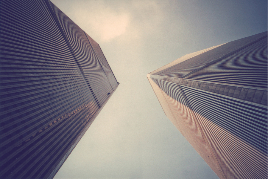 http://mikhof.de/files/gimgs/29_old-new-york-mike-hofmaier-gestaltung-02wtc.jpg